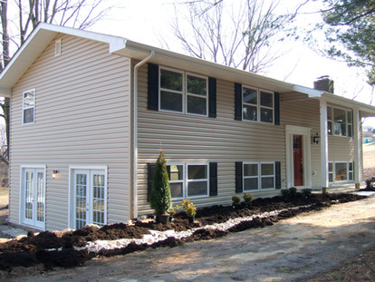 0013- 1 Siding and windows Walnut Grove