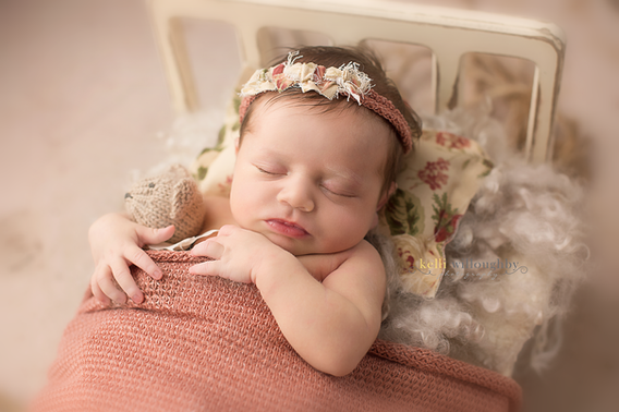 Newborn Baby Photography by Kelli Willoughby