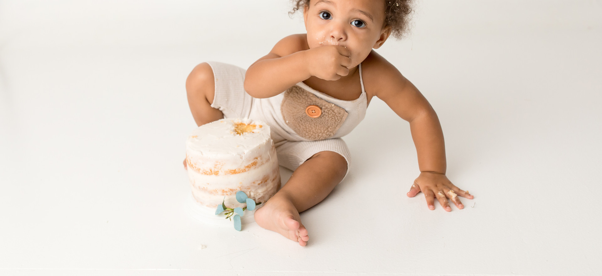 Cake Smash Baby Photography by Kelli Willoughby