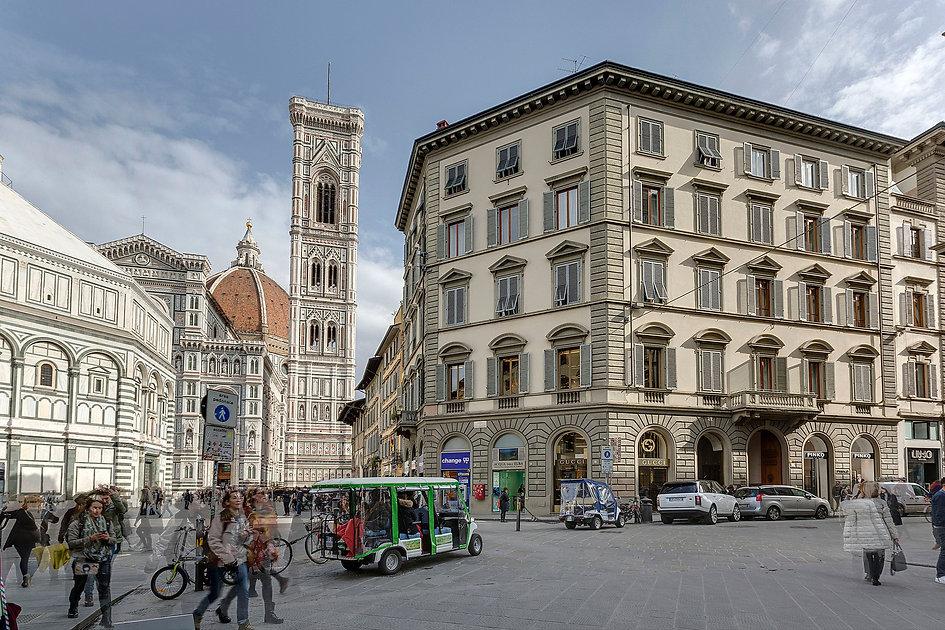 esterno_duomo_campanile.jpg