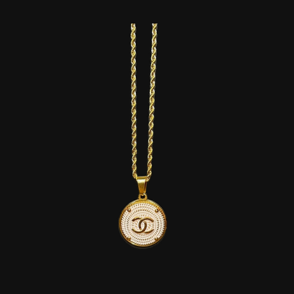 Oro Chanel Necklace