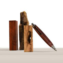 Ligabue pencil in Pau Violeto wood