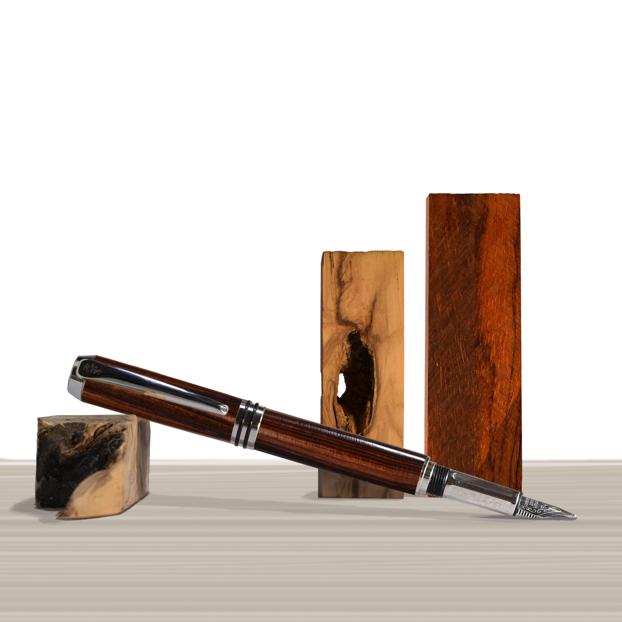 Antea fountain pen Pau Violeto wood