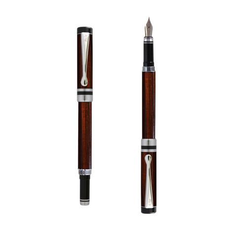 Ipazia fountain pen in Pau violeto wood