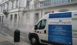 Lavaggio di pavimenti, pulizia del suolo e protezione per tutte le superfici
