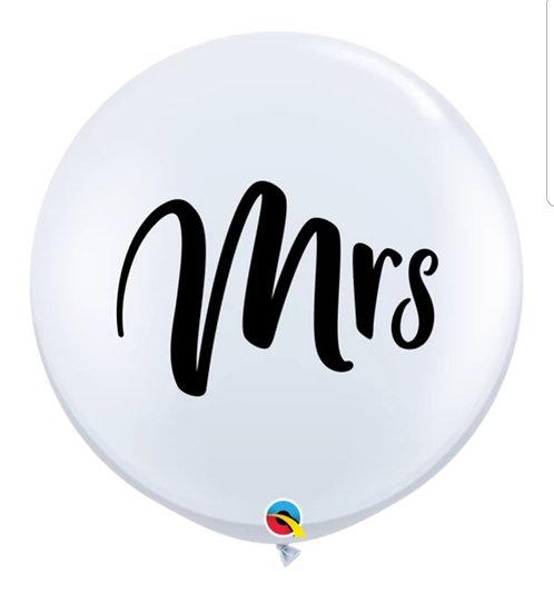 Mrs & Mr oversize balloon