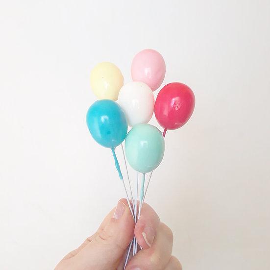 Single balloon cake topper