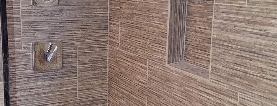 Master-Bathroom-1.jpg