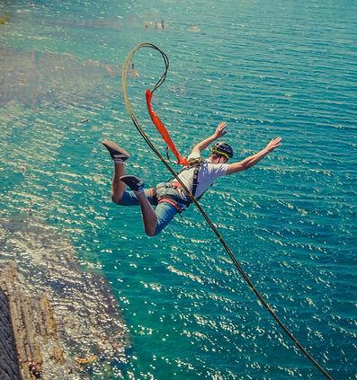Прыжки с веревкой Краснодар, прыжки с веревкой Сукко, прыжки с веревкой скала Киселева, роупджампинг Краснодарский край, сертификат на прыжок, где прыгнуть с веревкой в Краснодаре