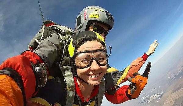 в сочи прыжки с парашютом