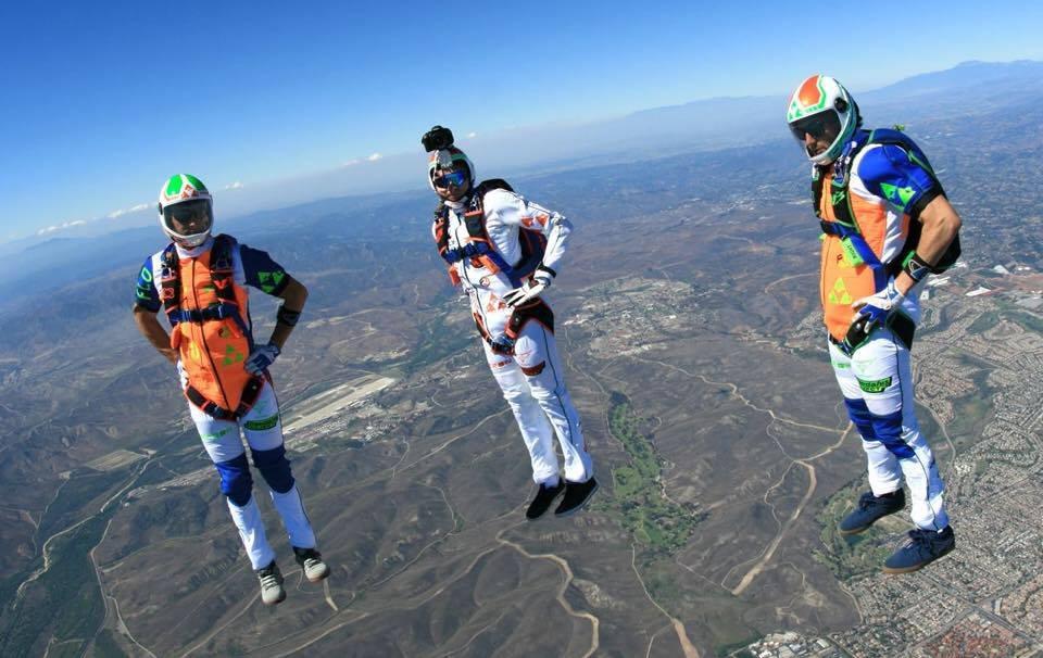 Фрифлай - прыжки с парашютом