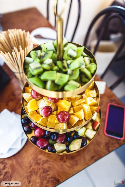 фрукты 8 марта