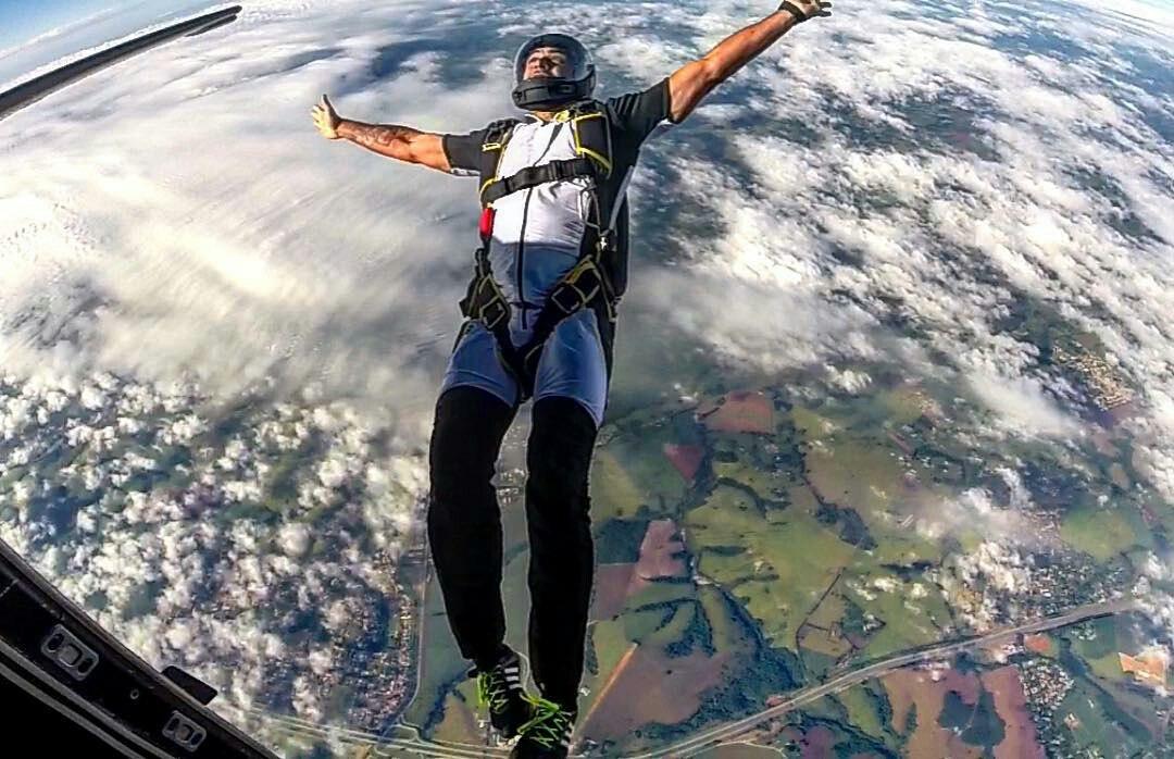Прыгнуть с парашютом в Краснодаре