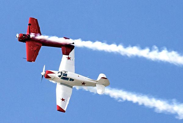 самолеты як 18 и як 55 пилотаж