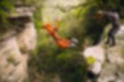 Прыжок с водопада, Шакуранский водопад, экстрим Абхазия, активный отдых Абхазия, прыжки с веревкой Краснодар, роупджампинг