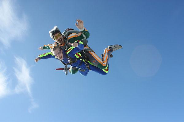 Прыжок с парашютом Евгений Катаев, тандем-инструктор Евгений Катаев, парашютист Катаев Евгений, ex3mclub, инструктор по прыжкам с парашютом flyfall, Первый прыжок с парашютом, Прыжок в тандеме, прыжок с парашютом в тандеме, прыжок с инструктором, Программа АФФ, обучение парашютному спорту, AFF, обучение АФФ, прыжки с парашютом Энем, парашют Южное Небо, цены на прыжки с парашютом Энем, подарочные сертификаты на прыжки, прыжок в подарок, цены на АФФ южное небо, прыжки южное небо, прыжки с парашютом южное небо, прыжки с парашютом south sky, прыжки с парашютом адыгея, прыгнуть с парашютом.