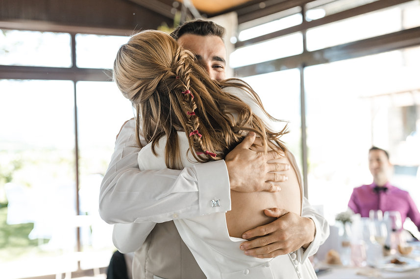 Benjamin Y Nadia_ Sabiñanigo_Fotografia de Boda_Santi Y Jael_Restaurante_Sabiñanigo-257.jp