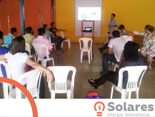 Solares Energia realiza palestra educativa sobre energia fotovoltaica em escola de Sete Lagoas