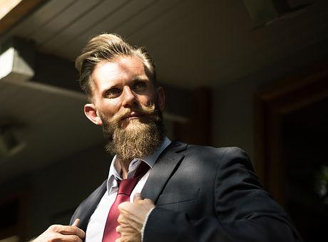 beard-2345810_1920.jpg