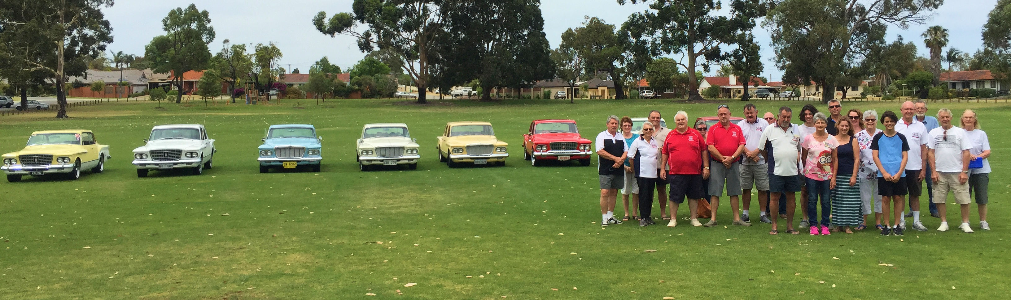 R&S Club members in front of cars