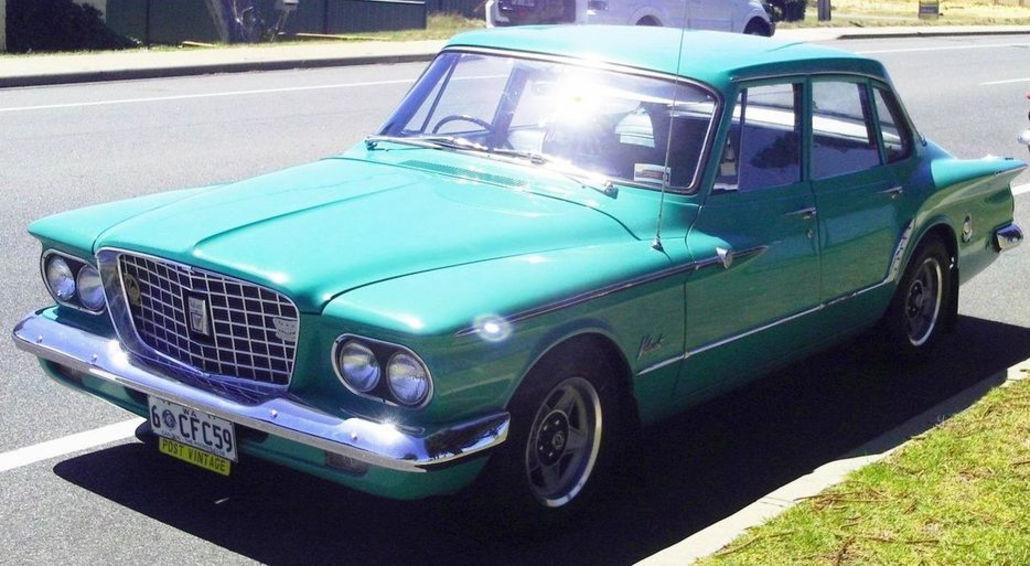 Graham 1962 R-Series Sedan