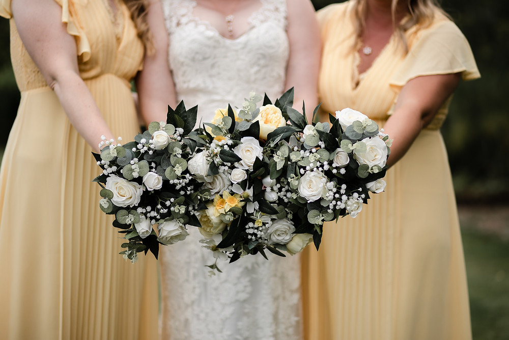 I wanted to be able to keep the flowers as a momento of the day and to gift each of the bridesmaids bouquets to our mothers. They were beautiful and will be bring brightness to our lives. They were especially perfect as I didn't need antihistamines to enjoy our day!