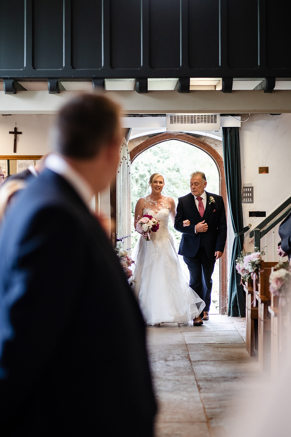 Relaxed & informal wedding photography