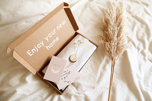 Personalised wax melt gift box