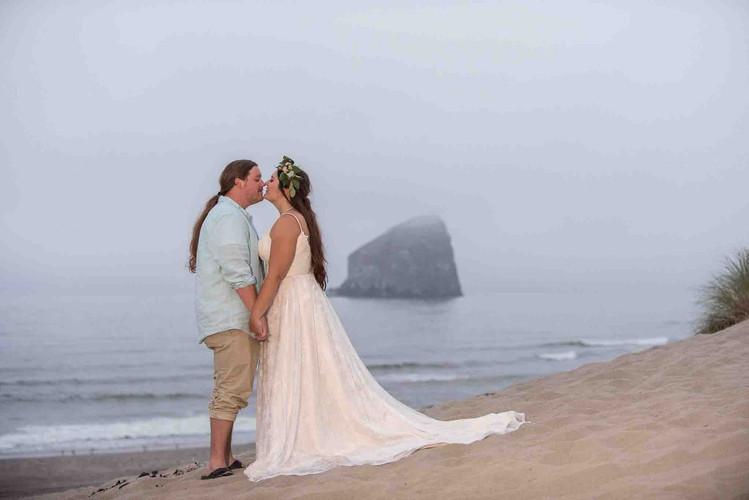 84-Pacific-City-Wedding-.jpg