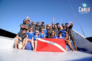 Why choose a live-aboard dive safari trip?
