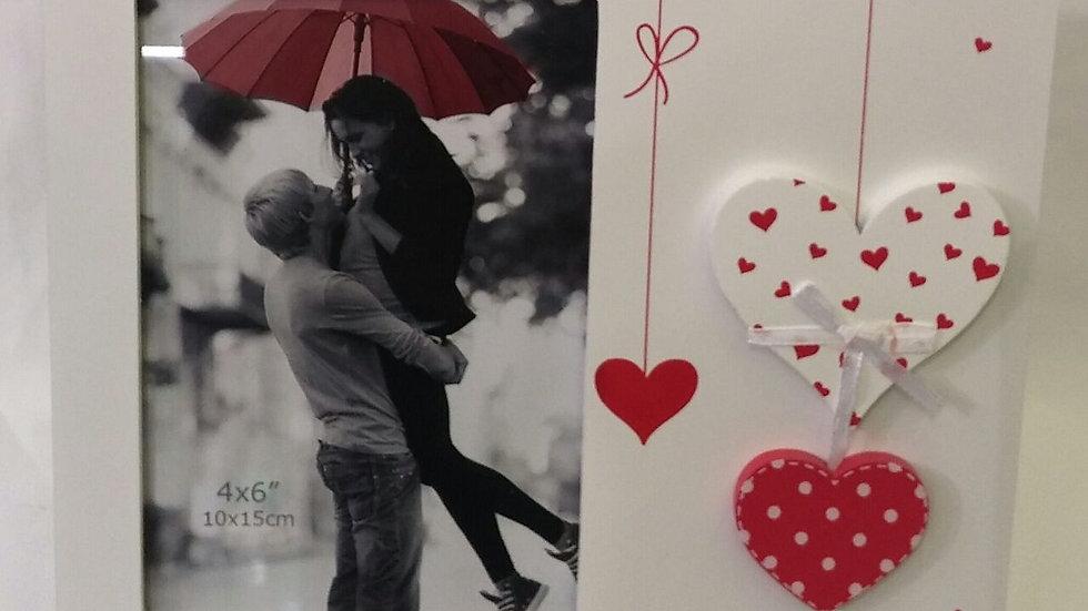 מסגרת אהבה לבבות