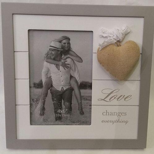 מסגרת אהבה לב כרית