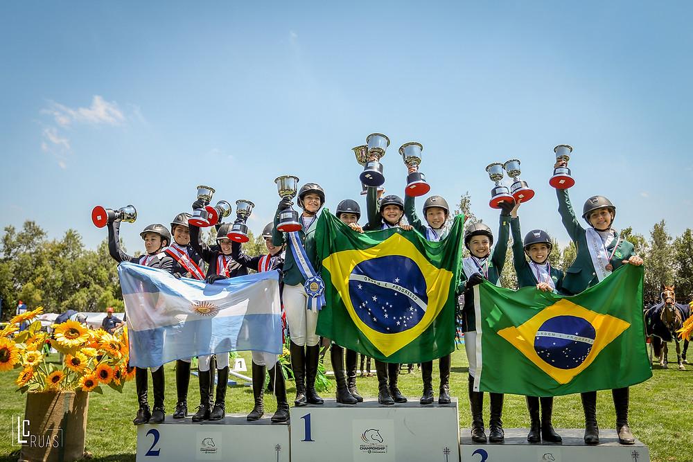 Ouro e bronze para os Pré-mirins do Brasil (Luis Ruas)