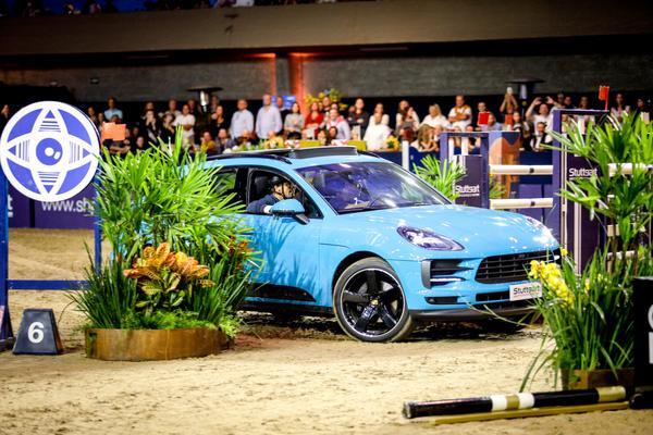 Adrenalina: Porsche e cavalos (Gabi Lutz)