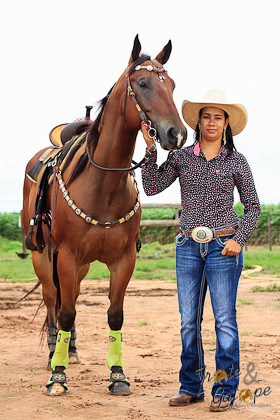 Letícia Mamede é atleta de Três Tambores e conhecida nas redes sociais por Letícia Veterinária Mamede