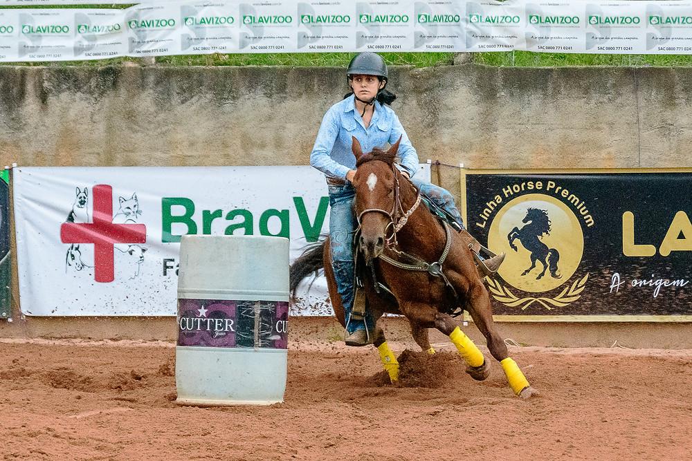 Camila Martins - Campeã categoria Amador Iniciante (Machado Fotografia Equestre)