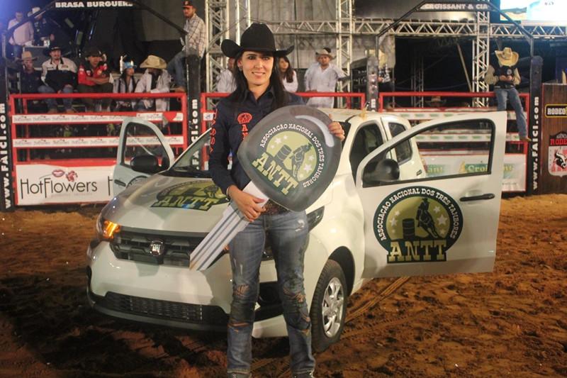 Viviane Gratão entrou para a história e conquistou seu primeiro título nacional pela ANTT.