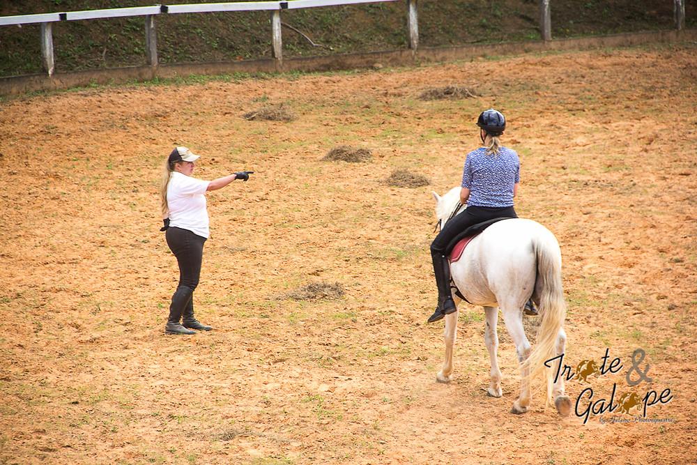 Nos dias 5 e 6/12, a Academia e Escola de Equitação Troá (Valinhos, SP) realiza mais uma Clínica de Adestramento Clássico / Dressage e Treinamento de Equidade, com aulas planejadas sobre os 6 pilares do Treinamento de Equidade.