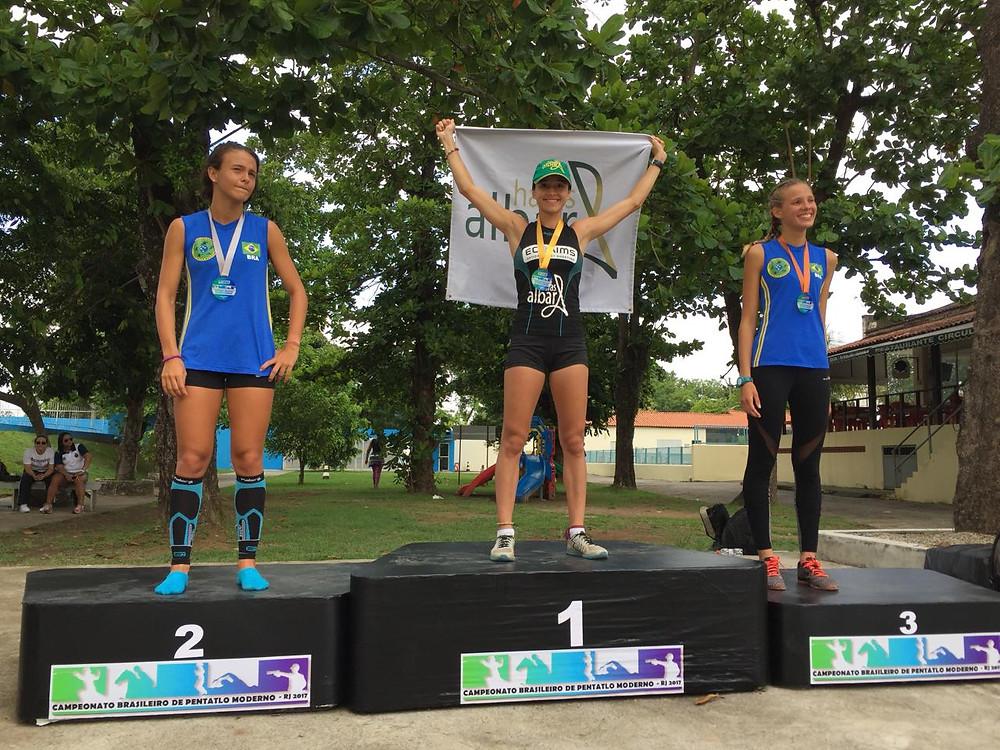a pentatleta Victória Marchesini conquistou o Ouro no Campeonato Brasileiro de Pentatlo Moderno (realizado em 09/12,no Complexo Olímpico de Deodoro / RJ),