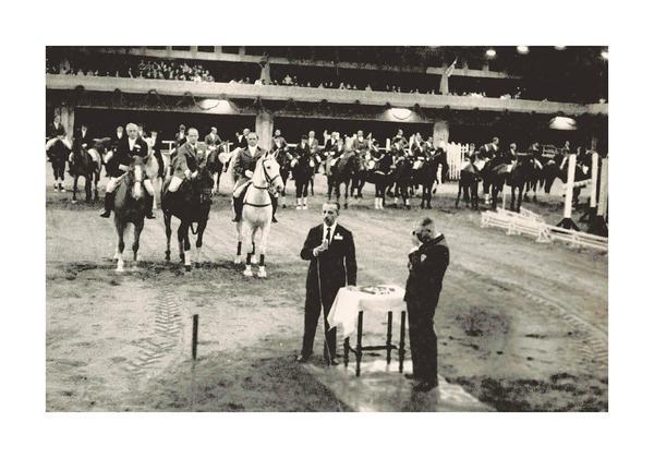 José Bonifácio de Amorim e Jayme Loureiro Fº inaugurando o picadeiro em 1965 (Centro de Memória SHP)