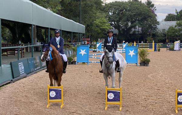 José Roberto e Andrea Muniz dupla vencedora da 1ª prova a 1.40m (Divulgação)