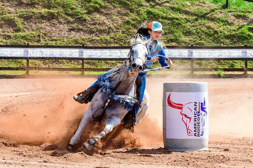 Nathalia Hayashida Strina - Campeã Mirim (Machado Fotografia Equestre)