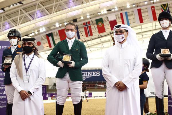 Rodolpho na cerimônia de premiação na fantástica arena de Al Shaqab, em Doha (In2strides)