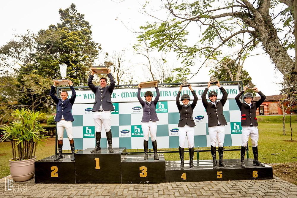 Vencedores do GP / Clássico no I Winter Tour na Hípica Paranaense (Luis Ruas)