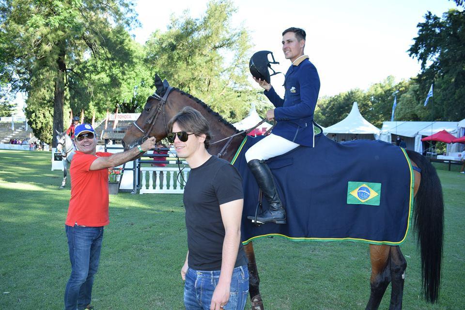 Montando GB Celine, o top brasileiro Luiz Felipe Pimenta Alves conquistou a 3ª colocação.