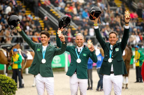 Missão cumprida para o Time Brasil de CCE: prata e vaga olímpica  (CBH Luis Ruas)