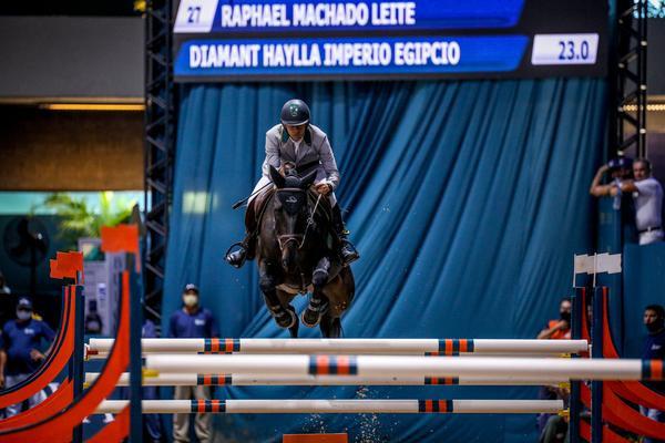 Raphael Leite e Diamant Haylla Império Egípcio: vencedor cavalos novos 7/8 anos (Luis Ruas)
