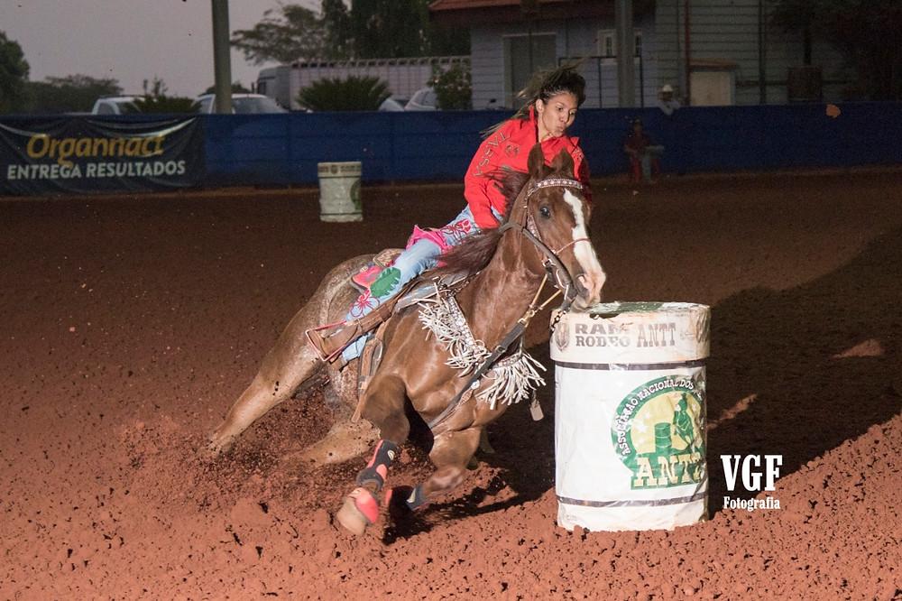 Luana Lima Bastos na Live ANTT - Barretos (foto VGF Fotografia)