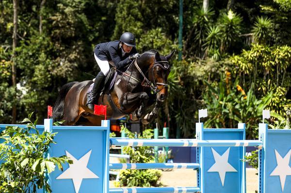 Em estreia com cavalo de apenas 8 anos, Guilherme Foroni fatura GP no 84º Aniversário do CHSA