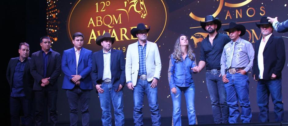 Veri Real brilha no ABQM Awards; paratleta recebe prêmio Destaque do Ano
